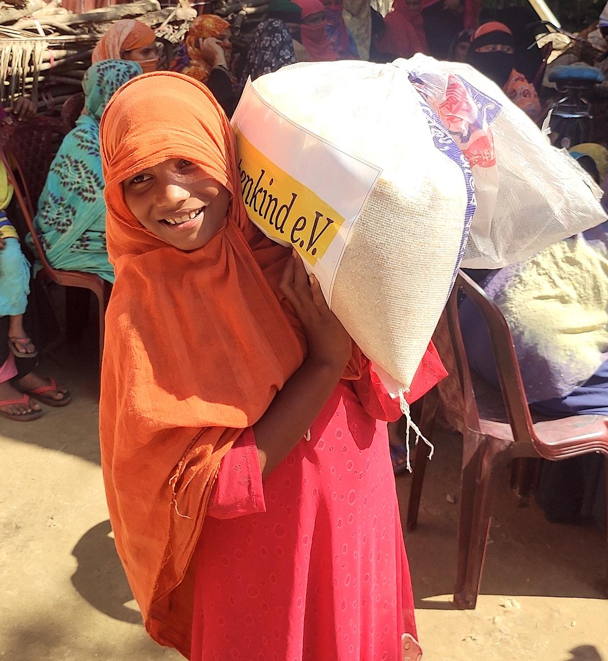 Reisverteilung an Rohingya